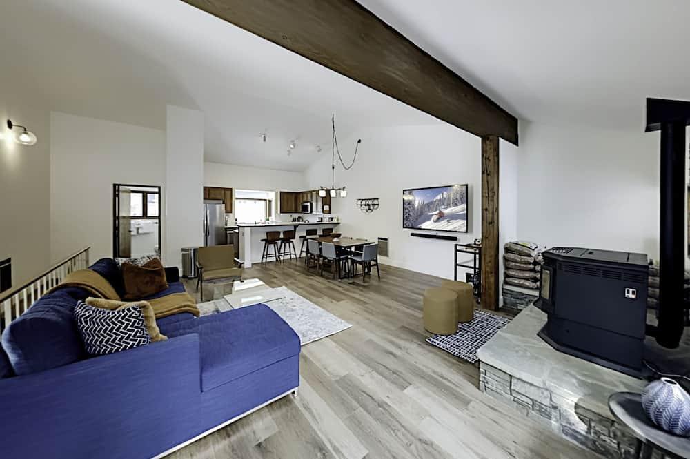 Condo, 2 Bedrooms - Bilik Rehat