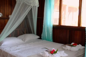 Bilde av Double Room With Bathroom and Partial View to the Beach i Drake Bay