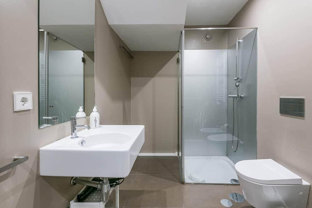 Basic Studio, 1 Katil Kelamin (Double) - Bilik mandi