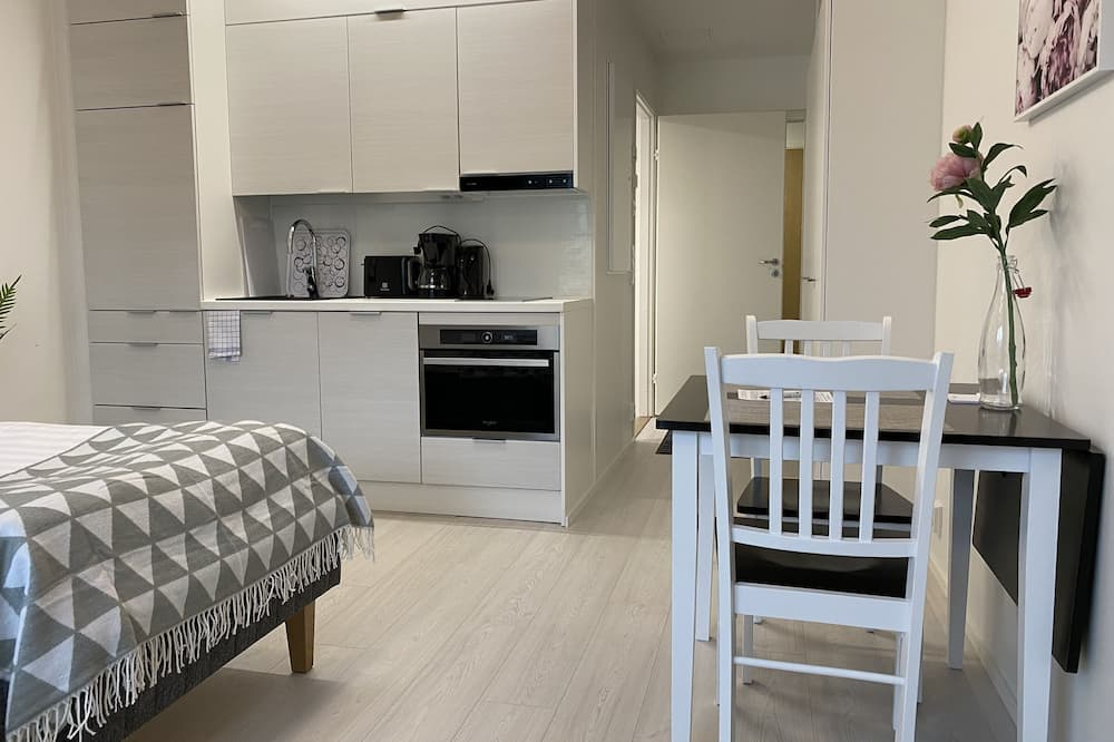 Appartement Économique - Restauration dans la chambre