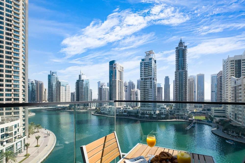 Deluxe Apartment - Balcony View