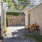 Studio (Superior Studio Apartment with Terrac) - Teres/Laman Dalam