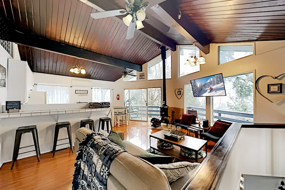 House, 2 Bedrooms - Imej Utama