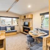 Superior Mobile Home, Private Bathroom (8 Berth) - Lounge