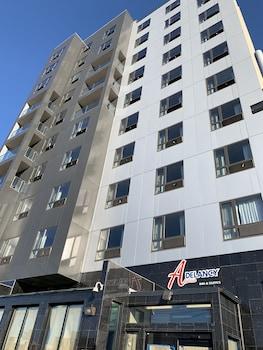 Foto Astoria Delancy Inn & Suites di Long Island City