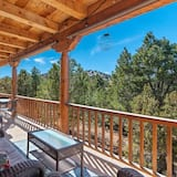 Huis (Sunlit Pines - Tucked in the Trees, P) - Balkon