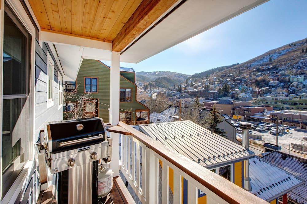 House, 6 Bedrooms - Balkoni