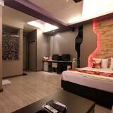 Room (Special Massage Chair) - Bilik Tamu