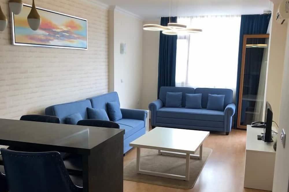 VIP Apartment, Pool View - Oturma Alanı