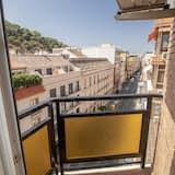 Classic Apartment, 2 Bedrooms - Balkoni