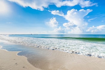 Picture of Phoenix East by Brett Robinson Vacations in Orange Beach