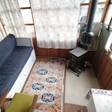 Lake - Gol Oda - Living Room