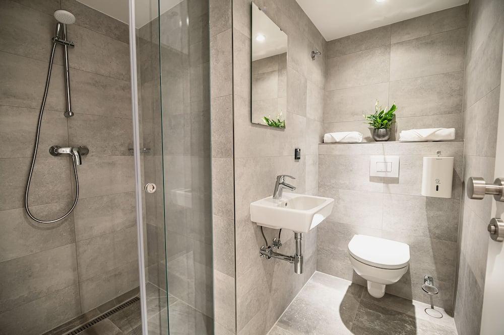 Double Room (Small double room) - Bilik mandi