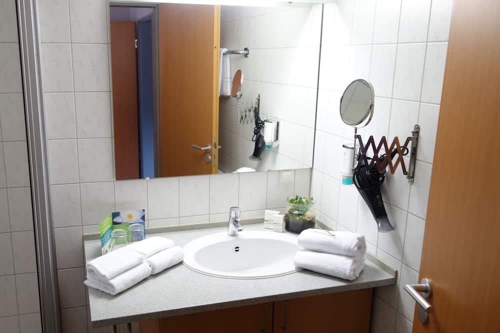 Comfort Δίκλινο Δωμάτιο (Double), Μη Καπνιστών - Μπάνιο