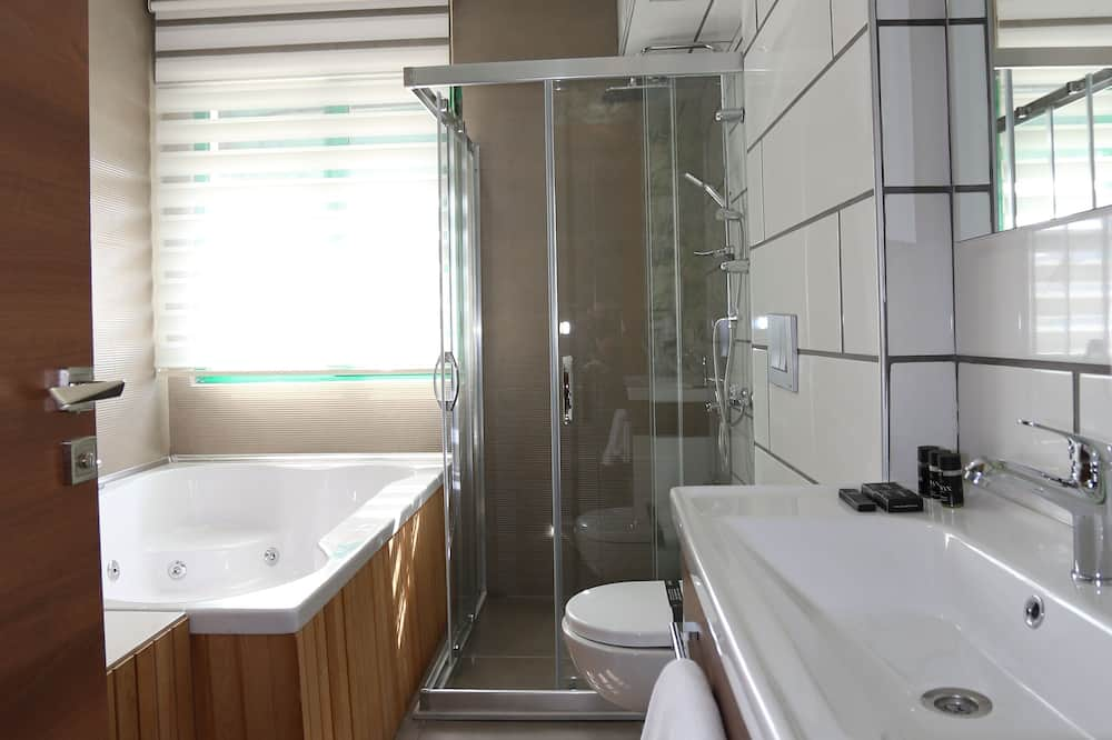 Junior Δίκλινο Δωμάτιο (Double) - Μπάνιο