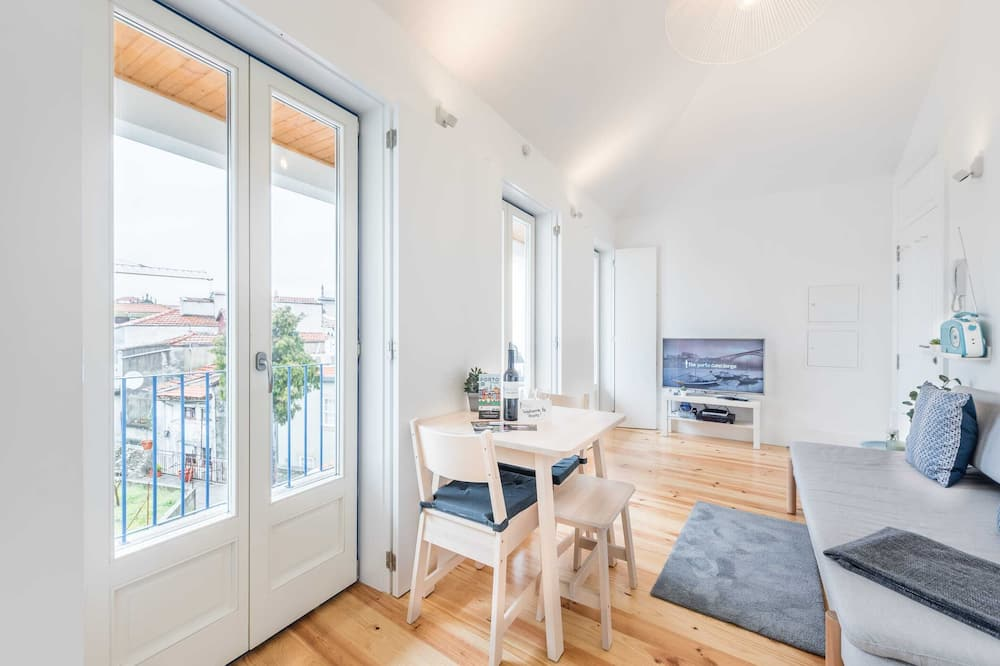 Basic Apartment, 2 Katil Kelamin (Double) - Bilik