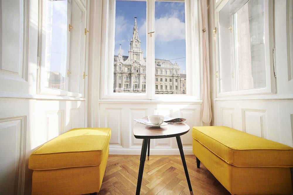 New York Palace View Apartment, Budapest