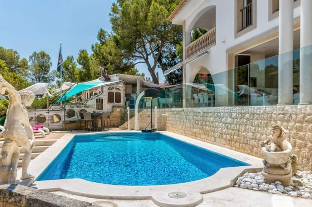 Amazing Private Villa With sea View, Private Pool, Jacuzzi and Outside Bar!!
