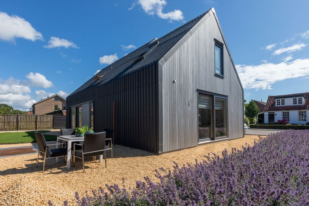 """Holiday Home - Duinweg 24 Oostkapelle """"lux Dune"""""""