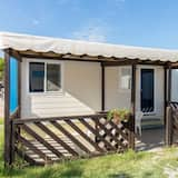 Detached Wooden Chalet With air Conditioning Near the sea