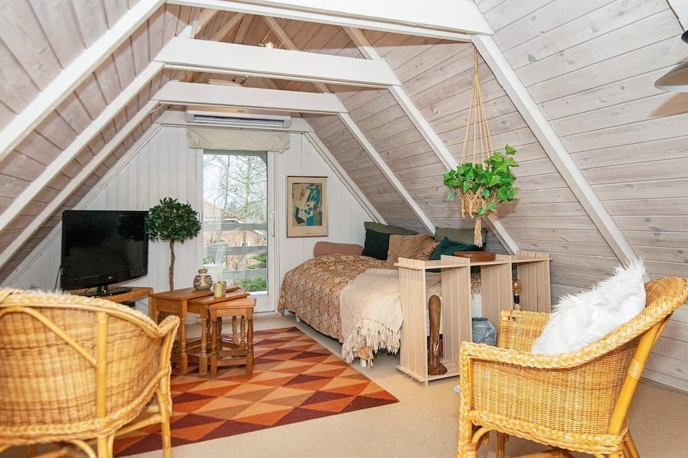 4 Star Holiday Home in Ulfborg