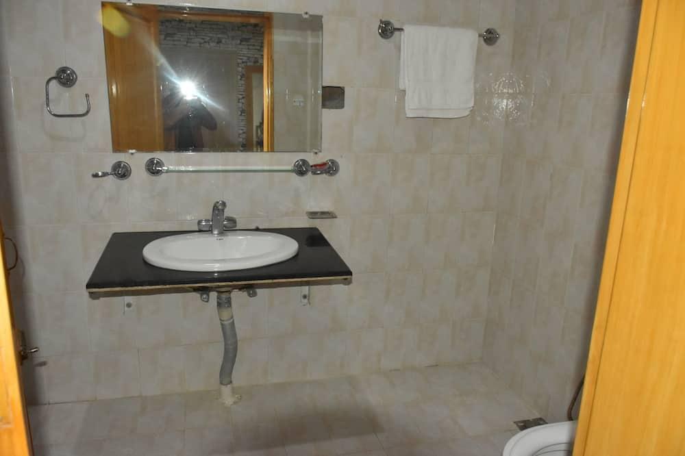 ห้องดีลักซ์ - ห้องน้ำ
