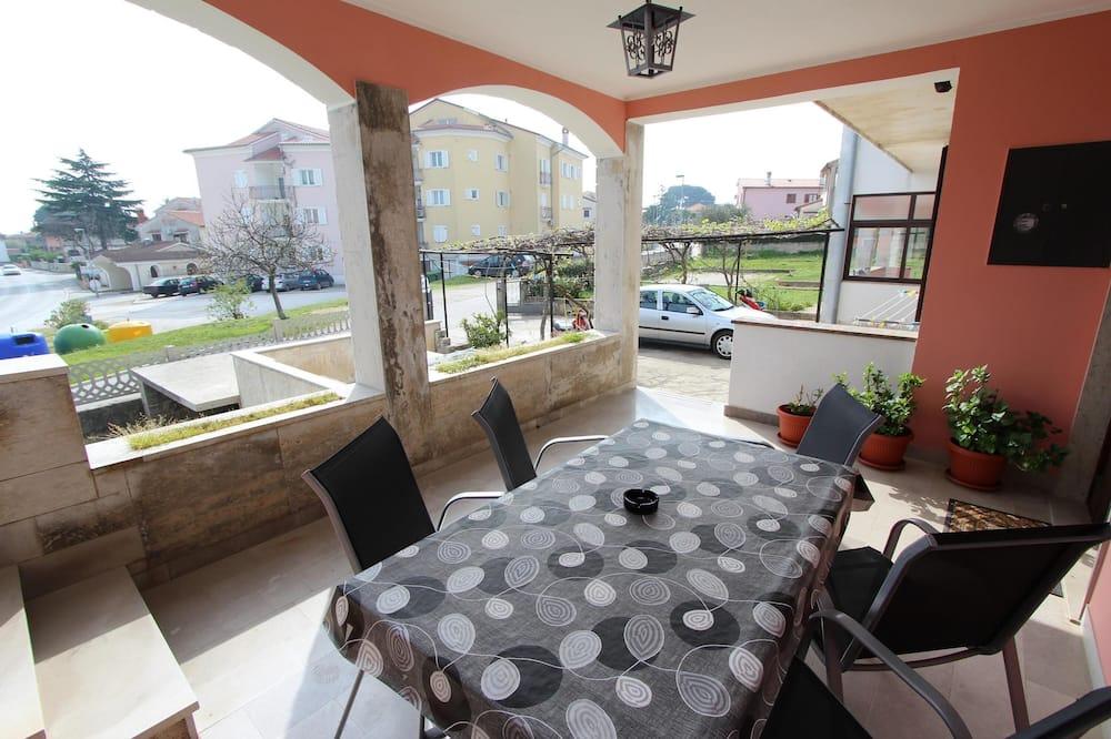 Apartment, 2 Bedrooms, Balcony - Teres/Laman Dalam