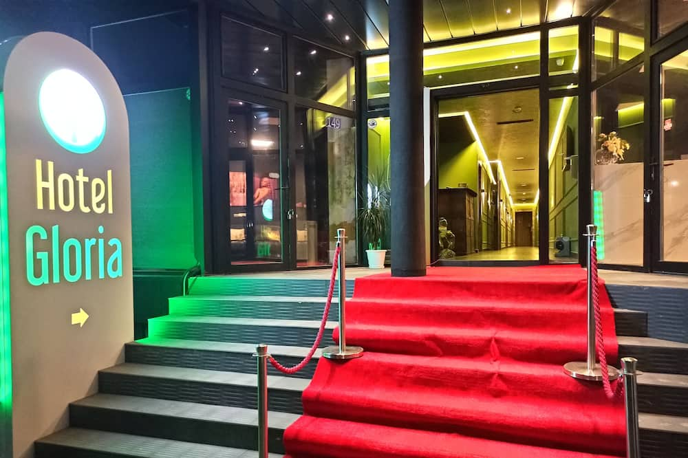 Hotel Gloria, Pristina