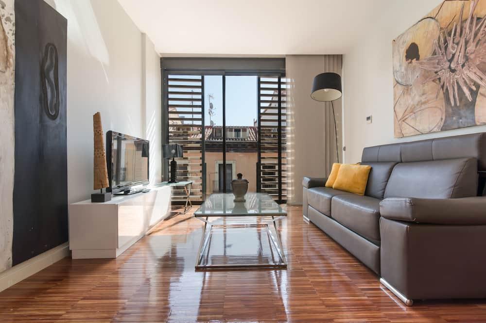 Superior Διαμέρισμα, 2 Υπνοδωμάτια, Αίθριο, Θέα στην Πόλη - Καθιστικό