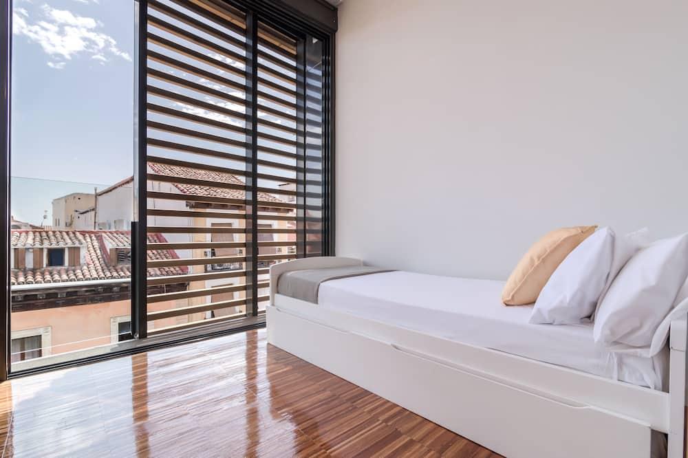 Superior Διαμέρισμα, 2 Υπνοδωμάτια, Αίθριο, Θέα στην Πόλη - Δωμάτιο