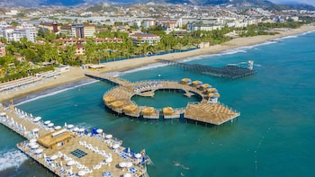 Foto Blue Marlin Deluxe Spa & Resort - All Inclusive di Alanya