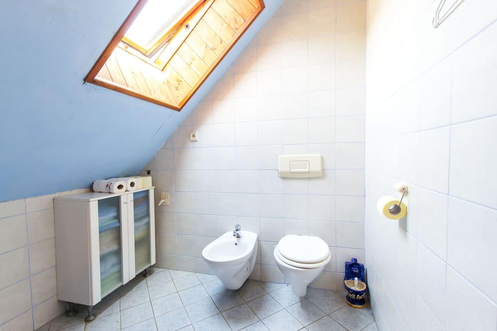 Basic-Haus (Four bedroom house) - Badezimmer