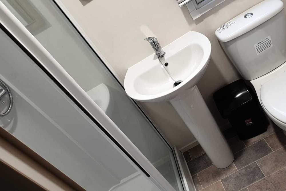 家庭行動屋, 私人浴室 - 浴室