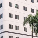 HiRiver Hotel