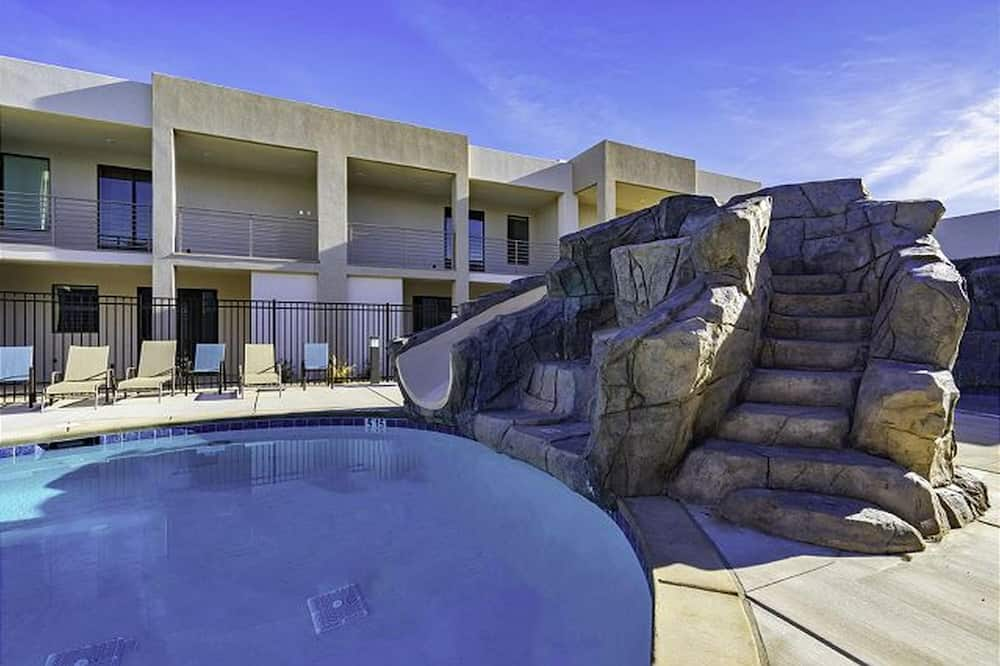 Townhome, 4 Bedrooms - Pool