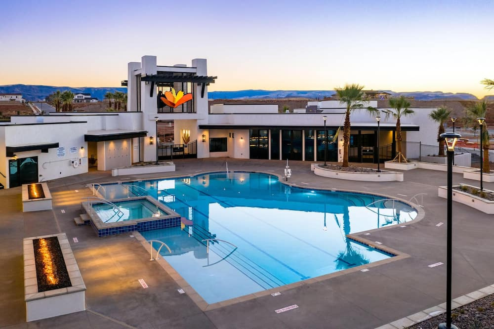 Townhome, 6 Bedrooms - Pool