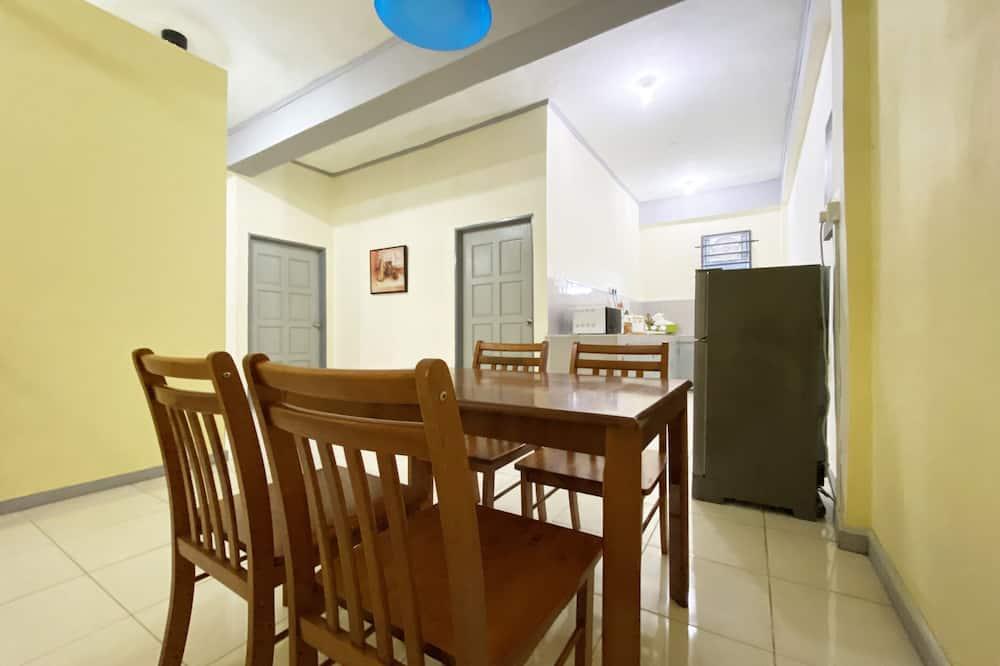 Vakarienės kambaryje