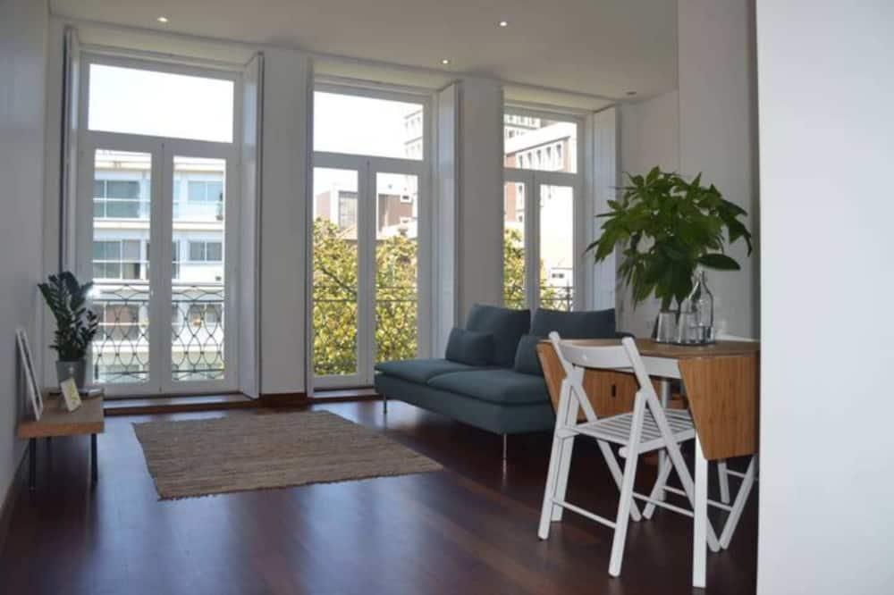 Basic Studio, 1 Double Bed - Living Room