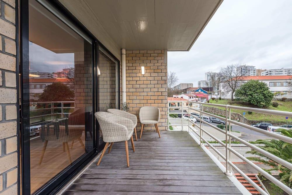 Basic Apartment, Berbilang Katil - Balkoni