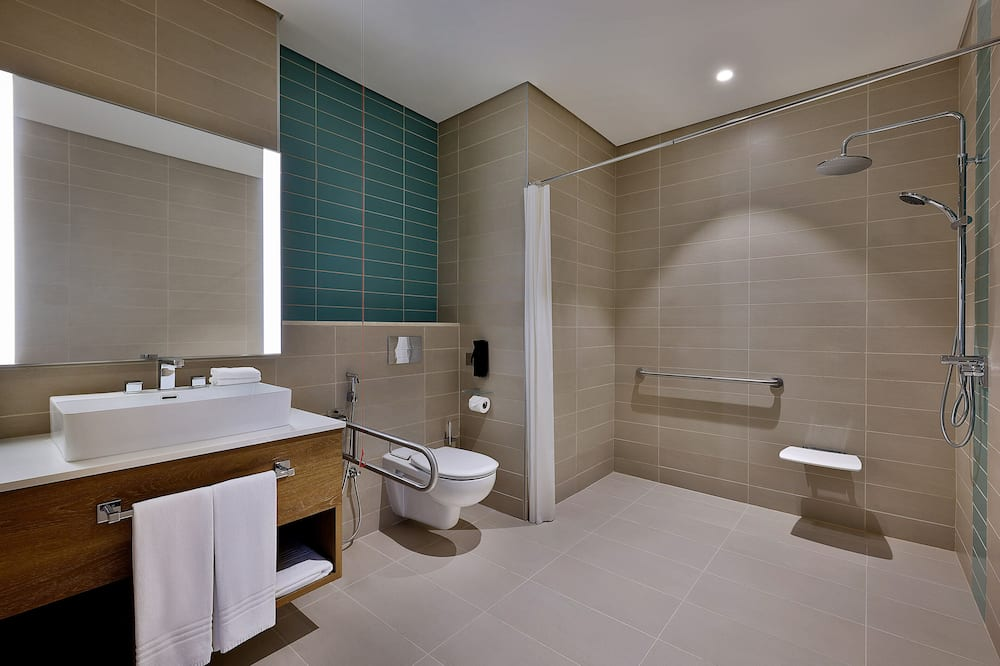 City Studio, 1 King Bed, Non Smoking, City View - Bathroom