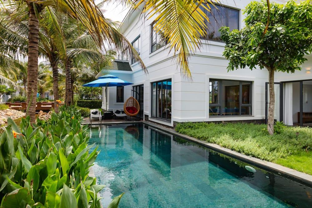 Villa, četras guļamistabas, skats uz dārzu - Privātais baseins