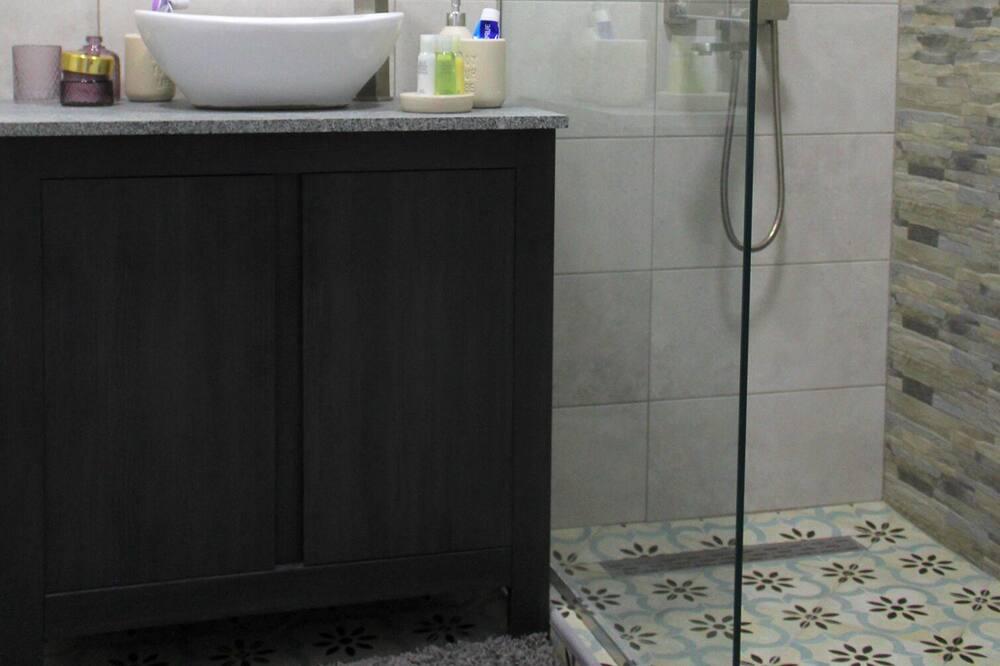 חדר - חדר רחצה