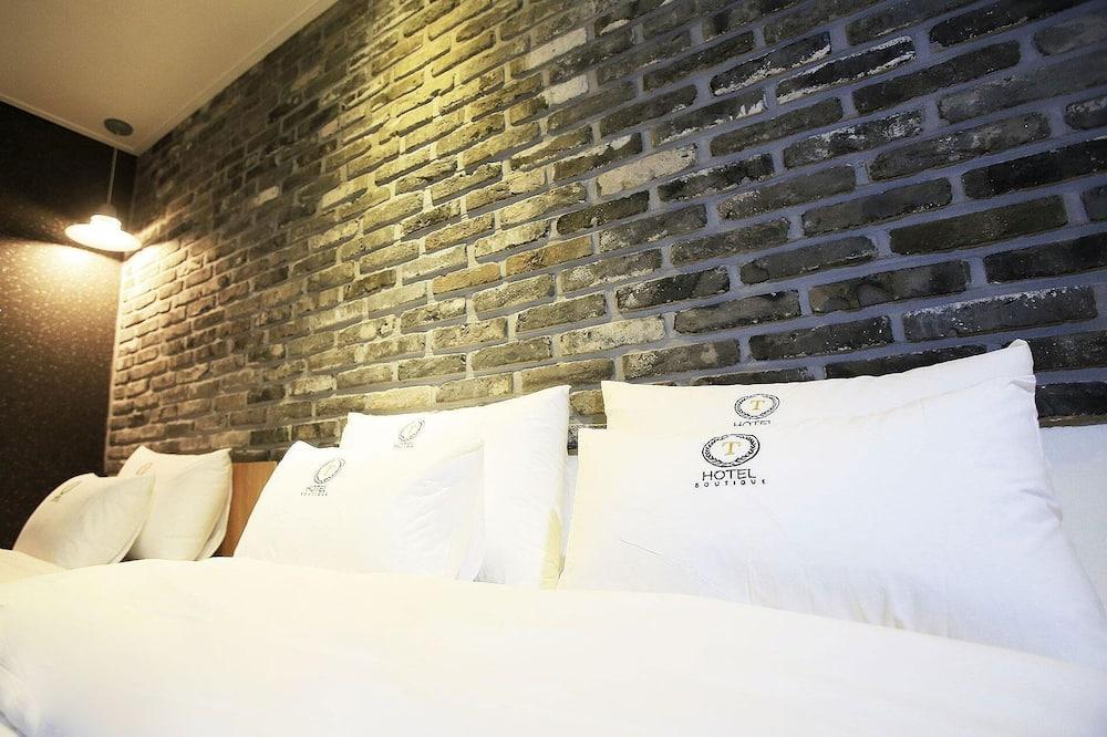 Δωμάτιο (Premium Twin (Netflix)) - Δωμάτιο επισκεπτών