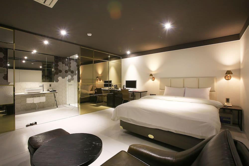 Room (Suite (first-come-first-served basis)) - Guest Room