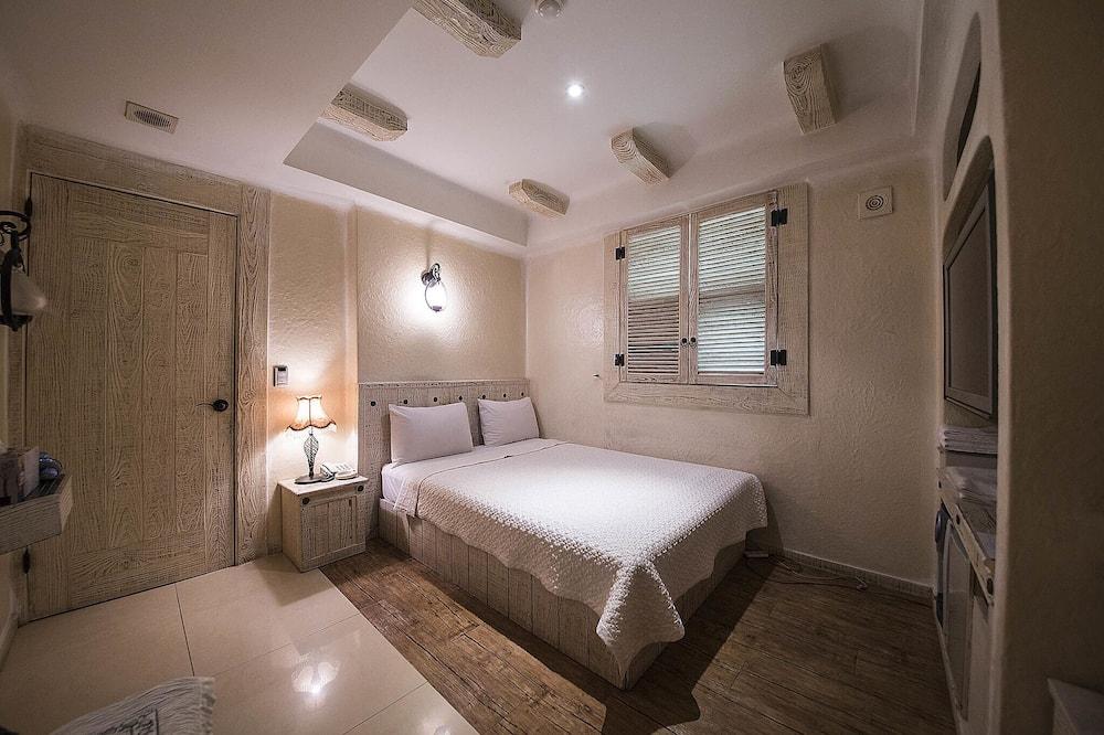 Room (Standard) - Building design