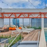 CozySuites | TWO Stunning 1BR 1BA Apartments | SKY POOL