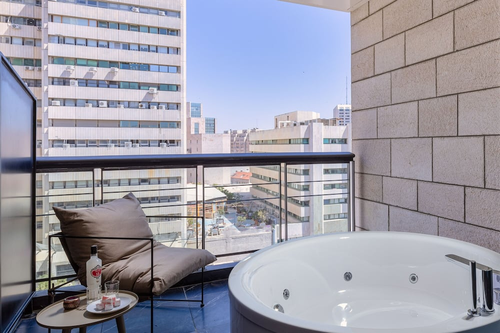Liukso klasės dvivietis kambarys - Atskira masažinė vonia