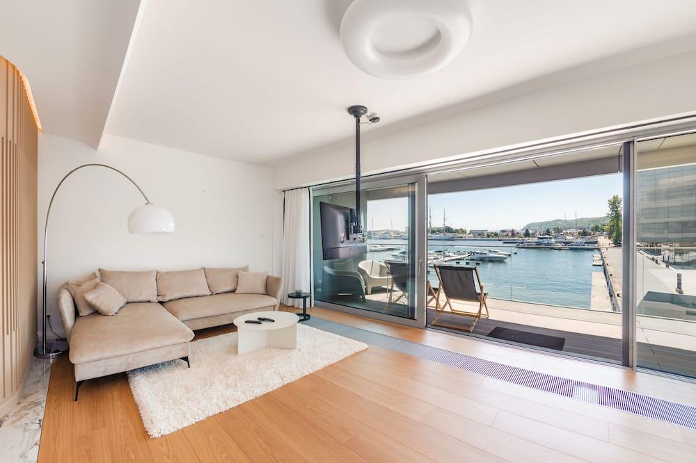 Apartament (11, ul. Rybickiego 2) - Zdjęcie opisywane