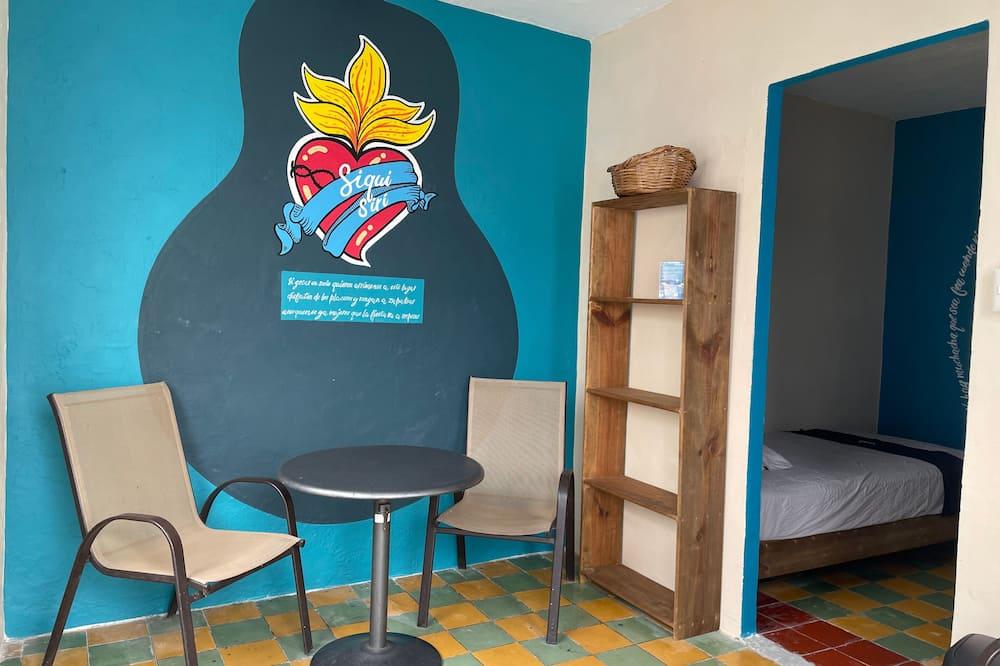 Designový pokoj, 2 jednolůžka, balkon - Obývací prostor