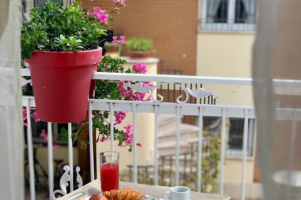 New Hotel Cirene Triple Room for 3 People Comfort With Breakfast, Rimini